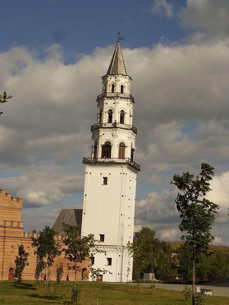 Смотреть красивое фото Башня Демидовых город Невьянск в хорошем качестве