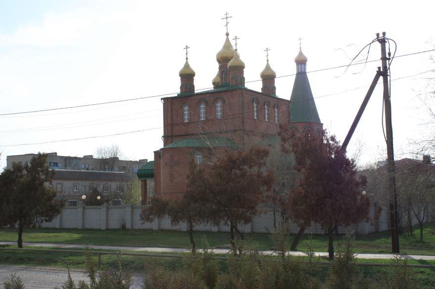 Смотреть красивое фото церковь в городе Нефтекумск в хорошем качестве