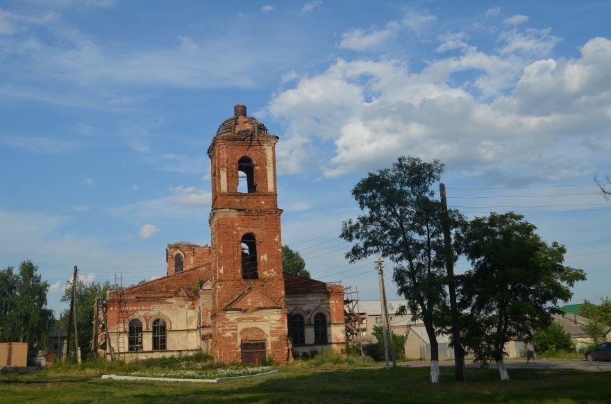 Смотреть красивое фото Крестовоздвиженская церковь город Новохоперск