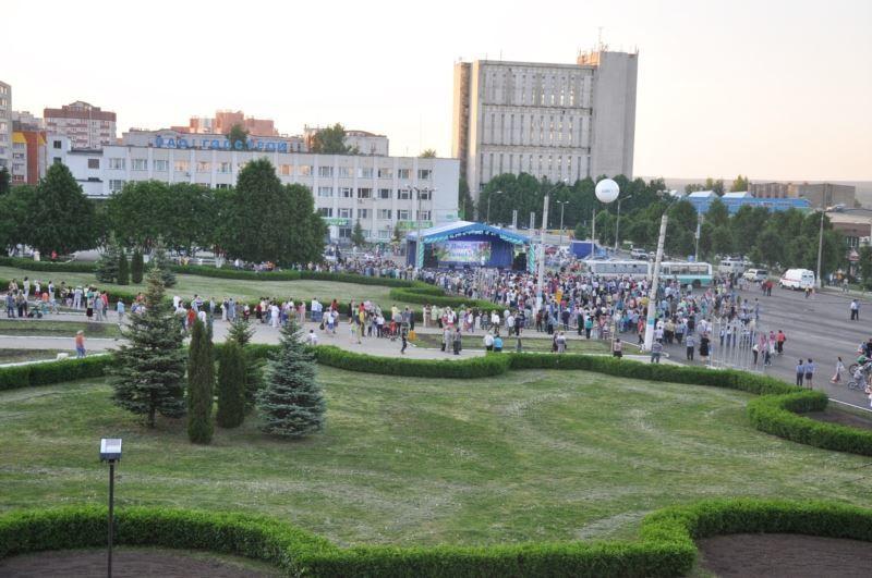 Смотреть красивый вид города Новочебоксарска бесплатно