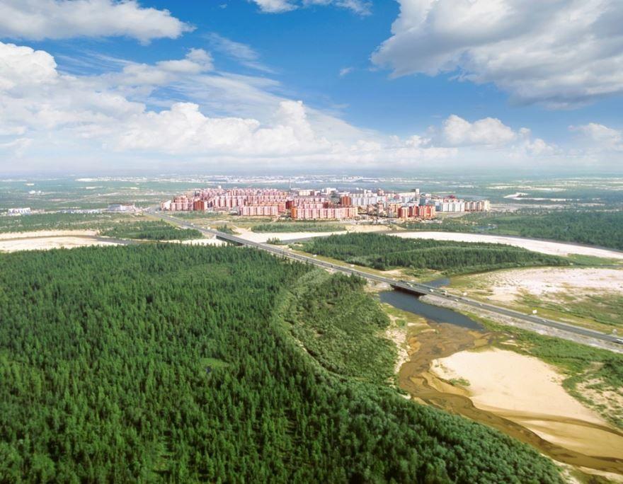 Скачать онлайн бесплатно лучшее фото красивый вид города Новый Уренгой в хорошем качестве
