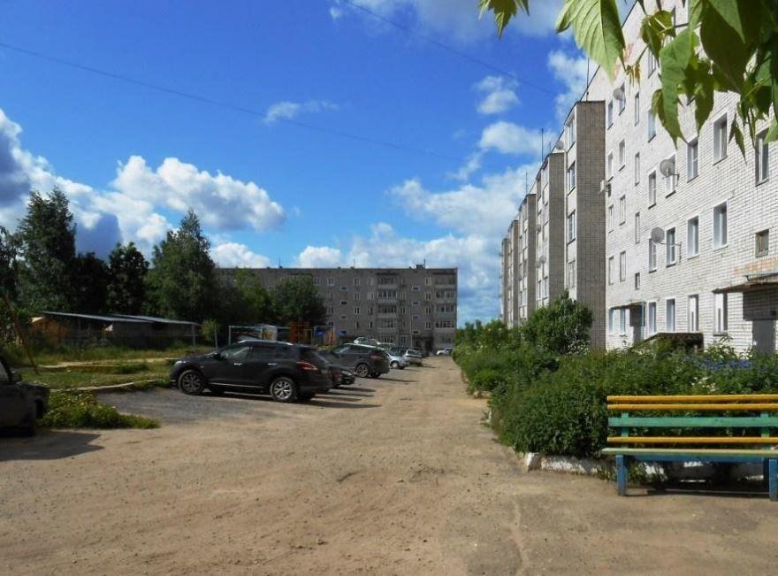 Смотреть красивое фото улица города Омутнинска в хорошем качестве