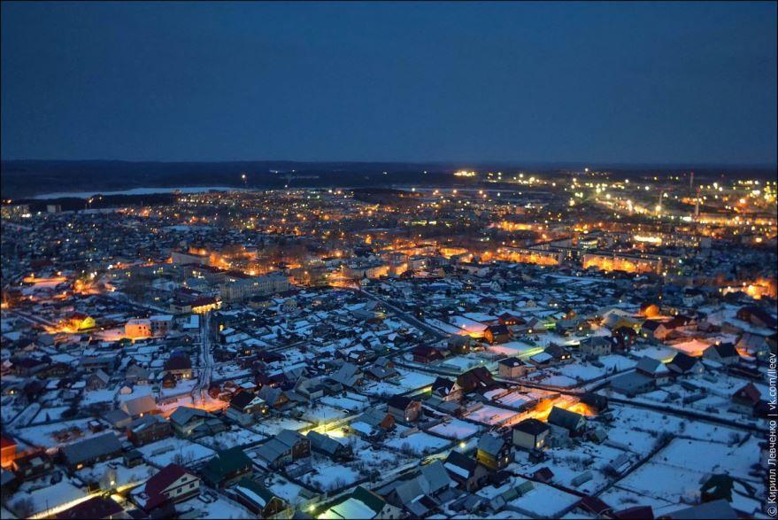 Смотреть красивое фото вид сверху в вечернее время город Полевской