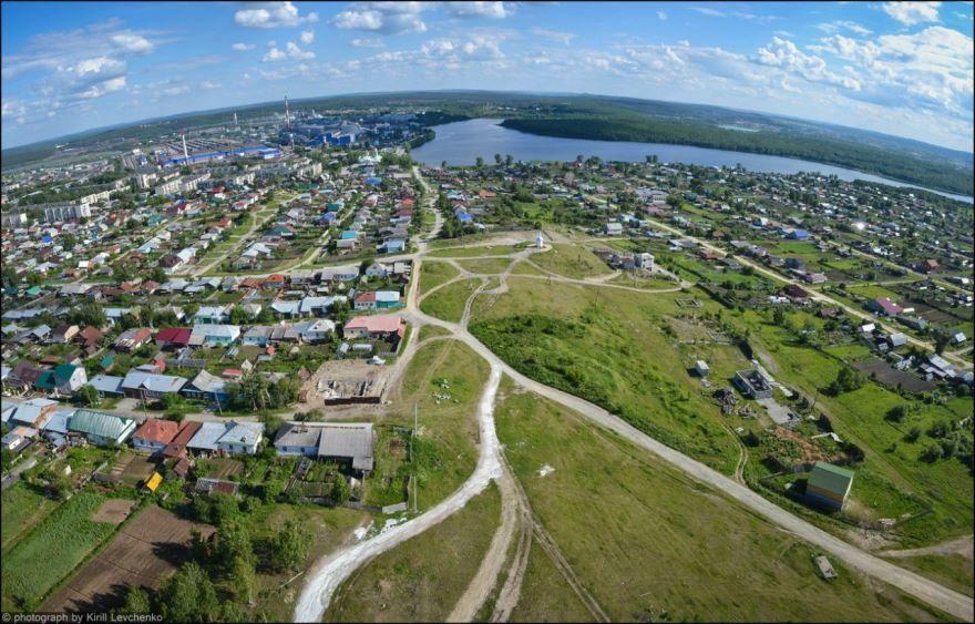Скачать онлайн бесплатно лучшее фото вид сверху города Полевского в хорошем качестве