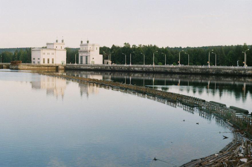 Подпорожьская ГЭС