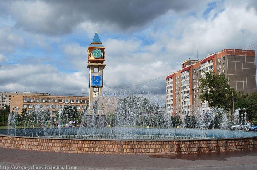 Смотреть красивое фото Сквер поколений город Подольск 2019