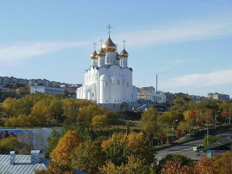 Собор Святой Живоначальной Троицы в городе Петропавловск Камчатский