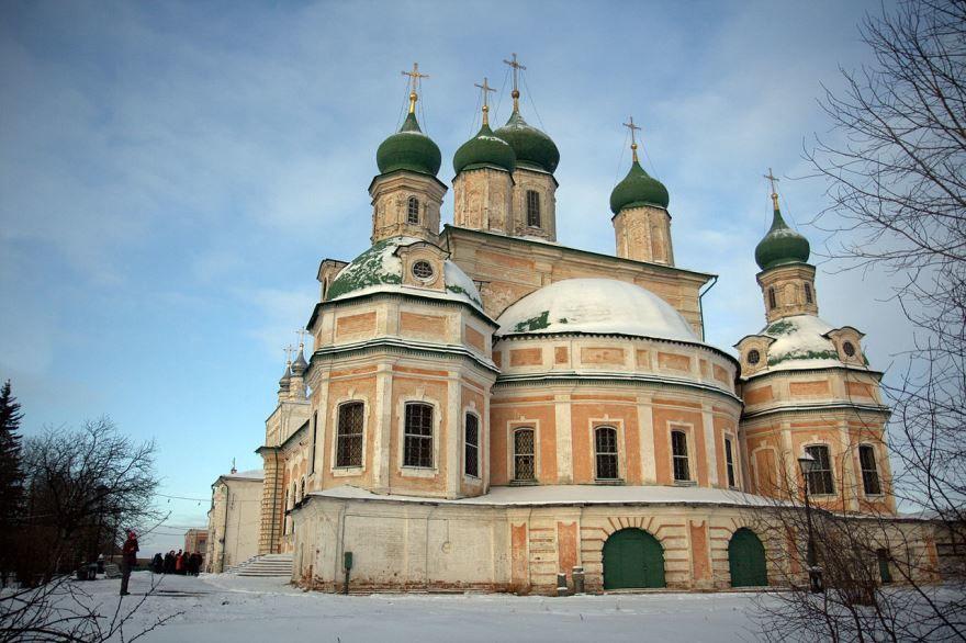 Скачать онлайн бесплатно лучшее фото Успенский собор город Переславль Залесский в хорошем качестве