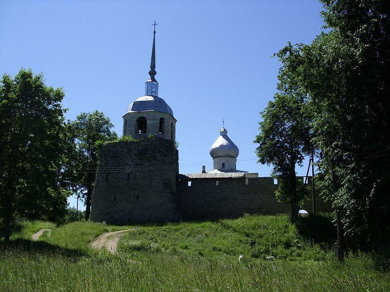 Крепость Никольские башня и церковь город Порхов