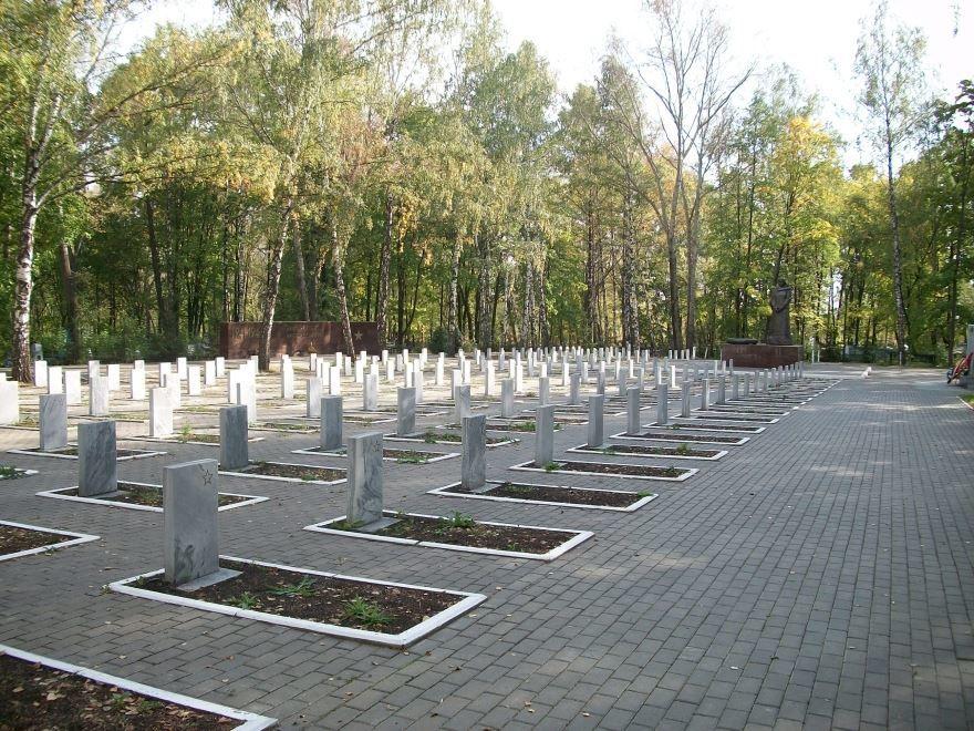 Братские могилы город Саранск