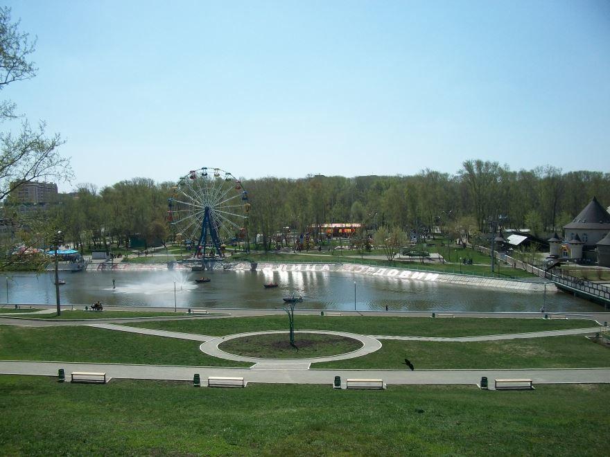 Скачать онлайн бесплатно лучшее фото парк города Саранска в хорошем качестве