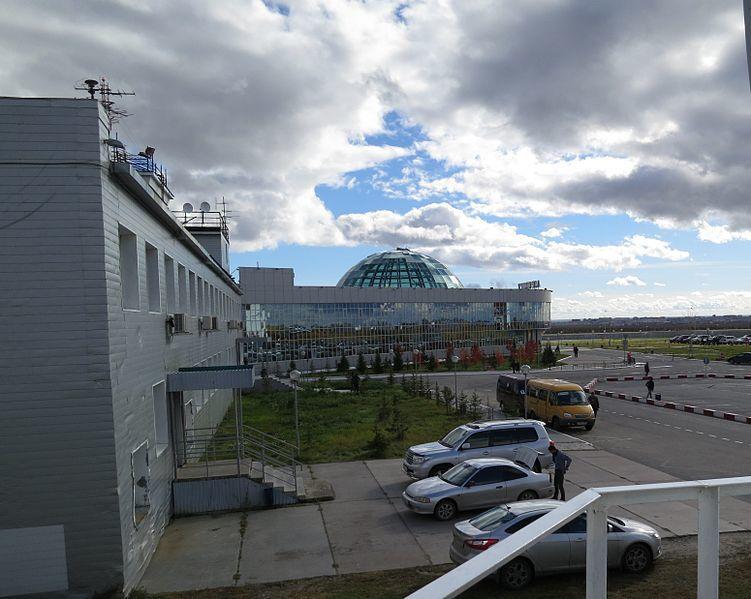 Аэропорт город Салехард