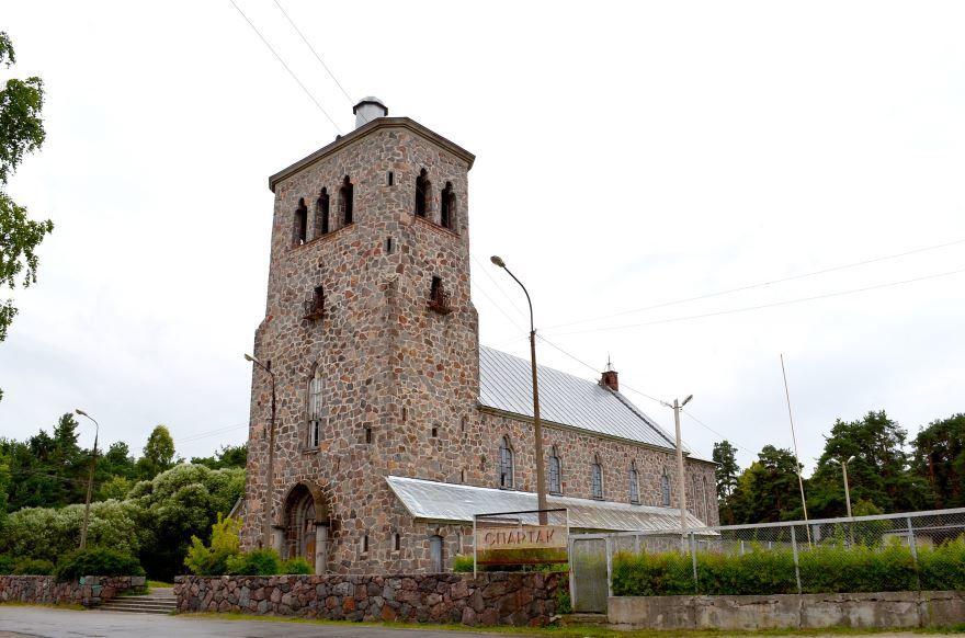 Скачать онлайн бесплатно лучшее фото достопримечательности города Приозерска в хорошем качестве