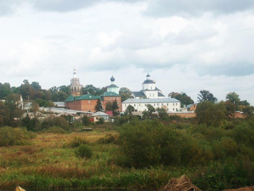 Свято-Николаевский мужской монастырь город Рыльск
