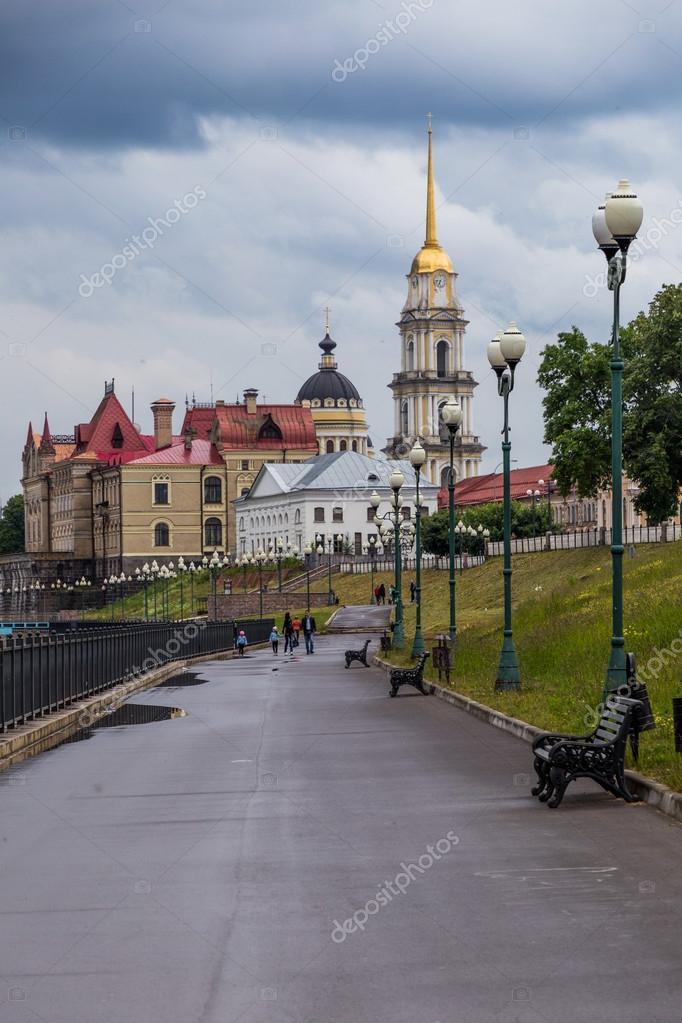 Скачать онлайн бесплатно лучшее фото достопримечательности города Рыбинска в хорошем качестве