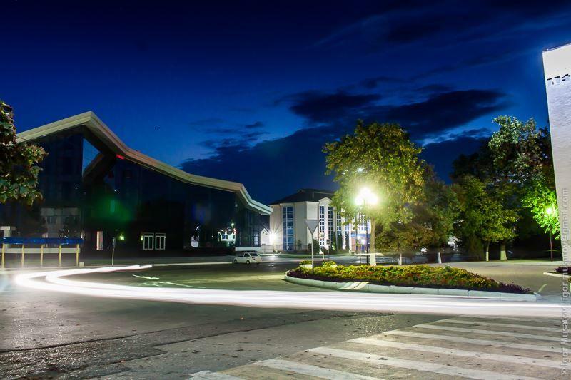 Смотреть красивое фото вид на улицу Ленина город Прохладный