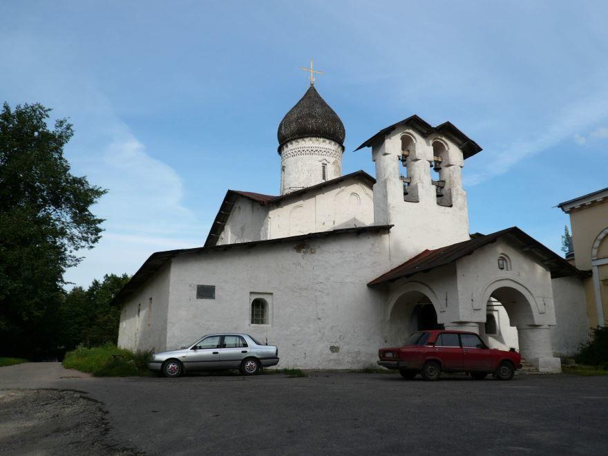 Церковь Вознесения Старовознесенского монастыря город Псков