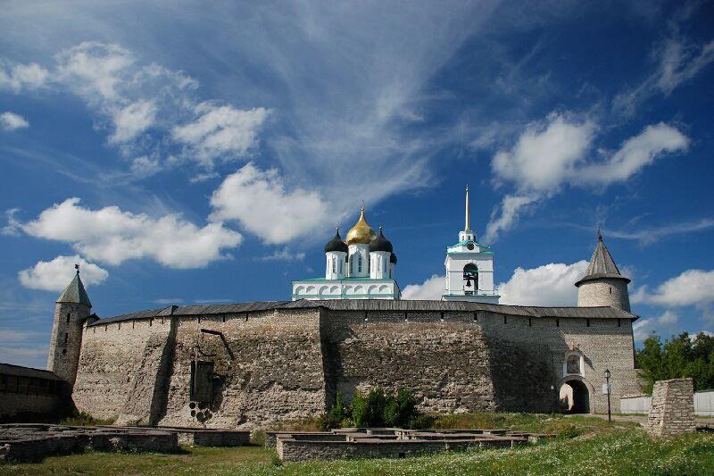 Смотреть красивое фото Кремль города Псков в хорошем качестве