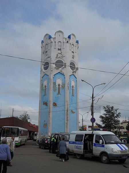 Смотреть красивое фото водонапорная башня на привокзальной площади город Пушкино