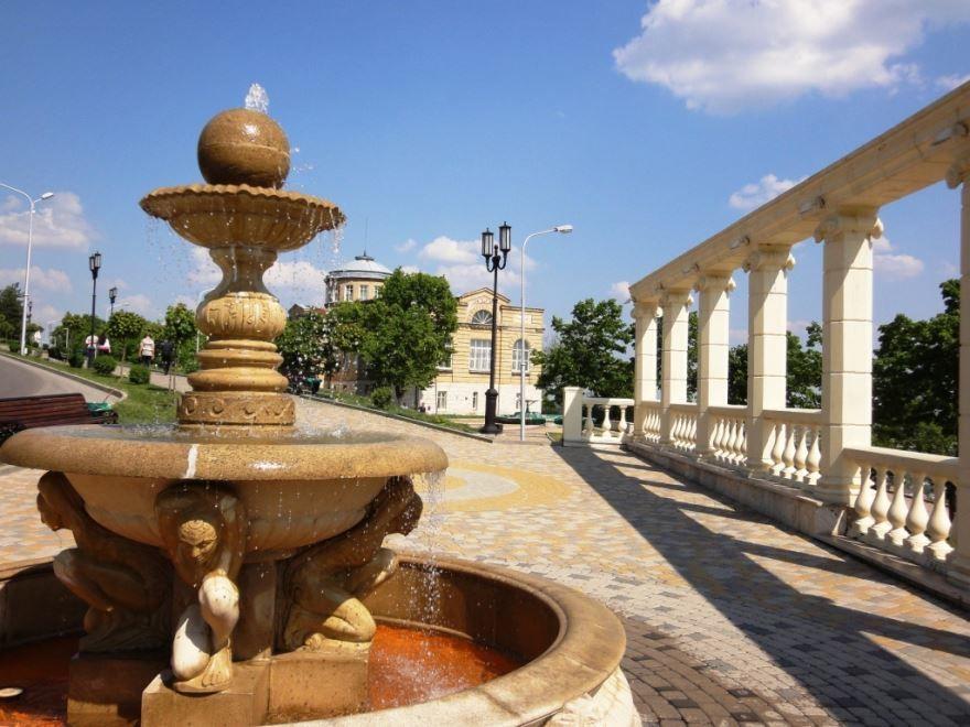 Скачать онлайн бесплатно лучшее фото достопримечательности города Пятигорска в хорошем качестве