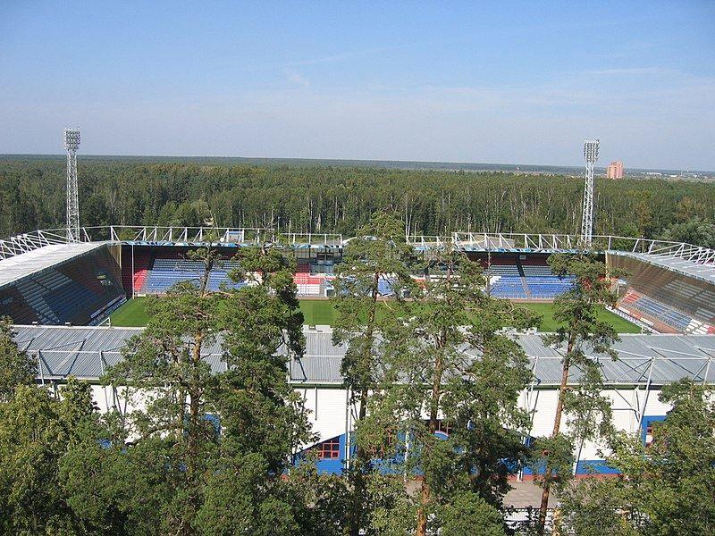 Стадион Сатурн город Раменское