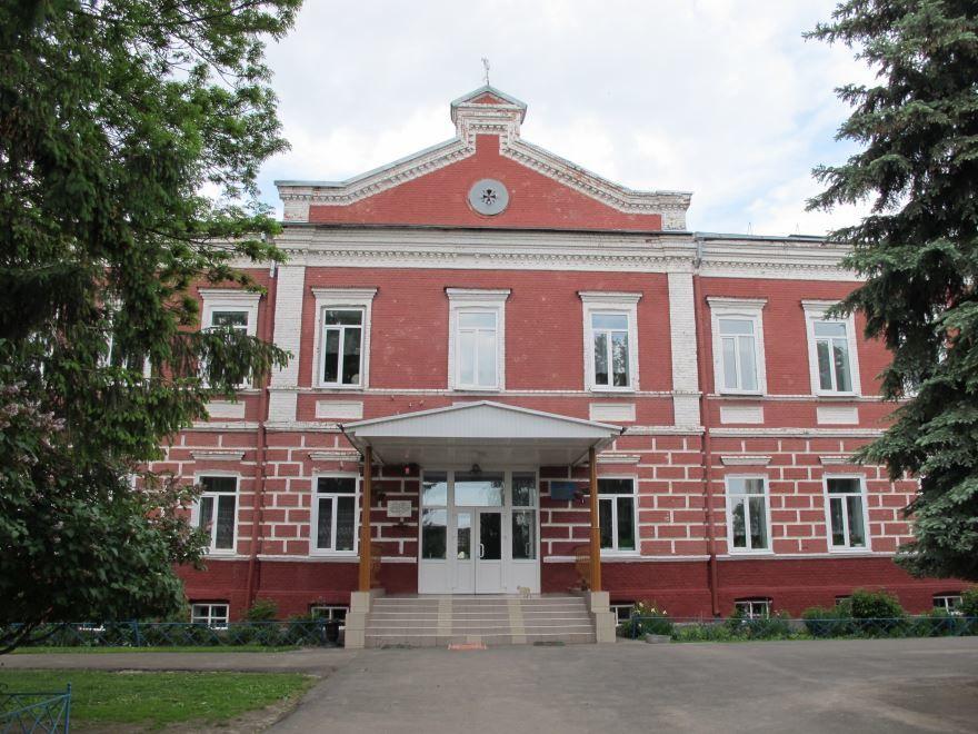 Скачать онлайн бесплатно лучшее фото Школа город Севск в хорошем качестве