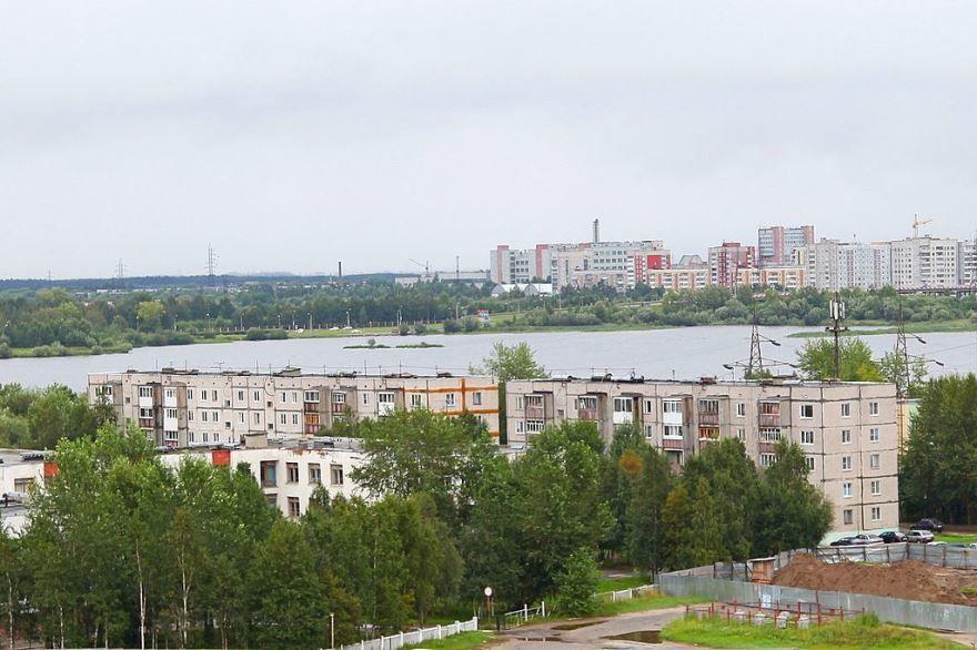 Скачать онлайн бесплатно лучшее фото вид сверху города Северодвинска в хорошем качестве