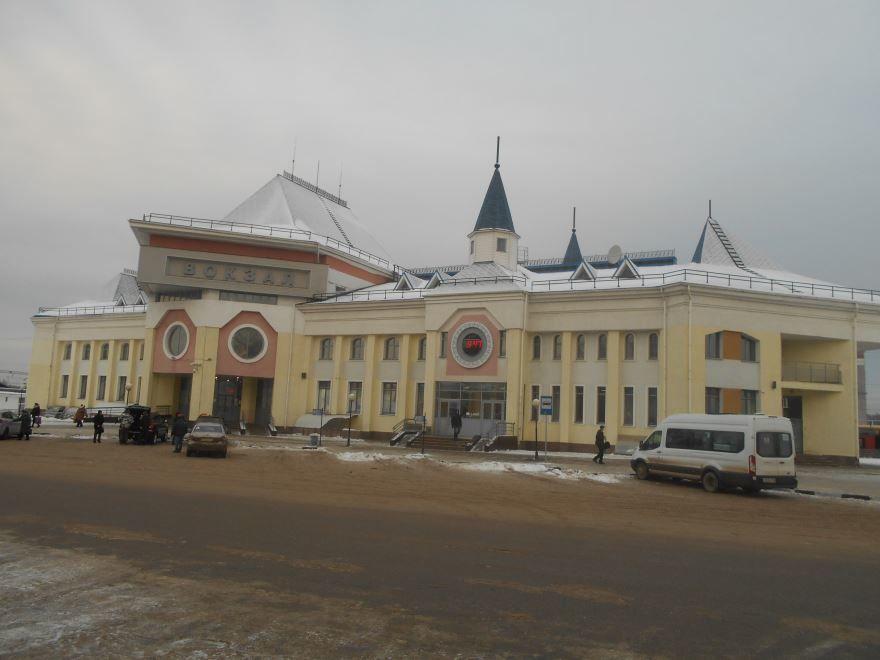 Смотреть красивое фото железнодорожный вокзал город Семенов