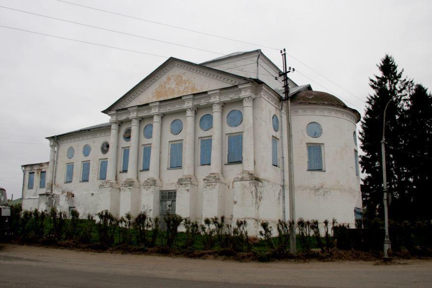Церковь Воздвижения Креста Господня город Солигач