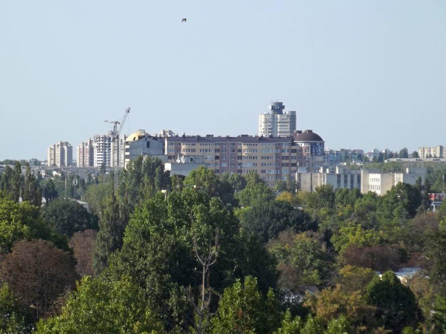 Скачать онлайн бесплатно лучшее фото вид на город Симферополь в хорошем качестве
