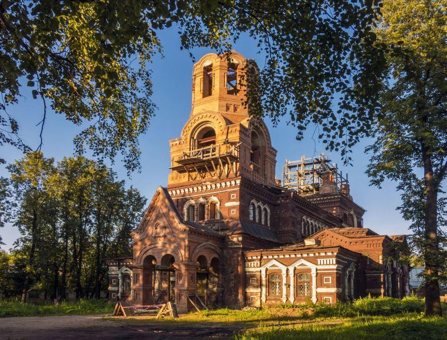 Никольский храм город Слободской