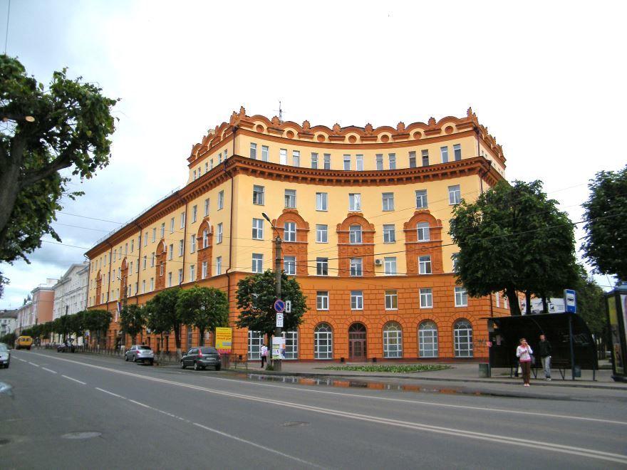 Скачать онлайн бесплатно лучшее фото улица города Смоленска в хорошем качестве