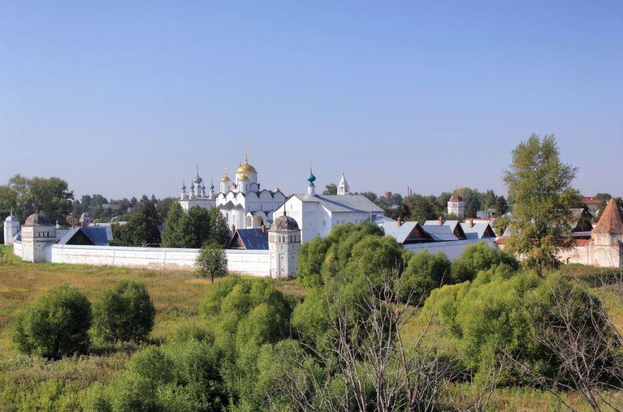 Скачать онлайн бесплатно лучшее фото достопримечательности города Суздаль в хорошем качестве