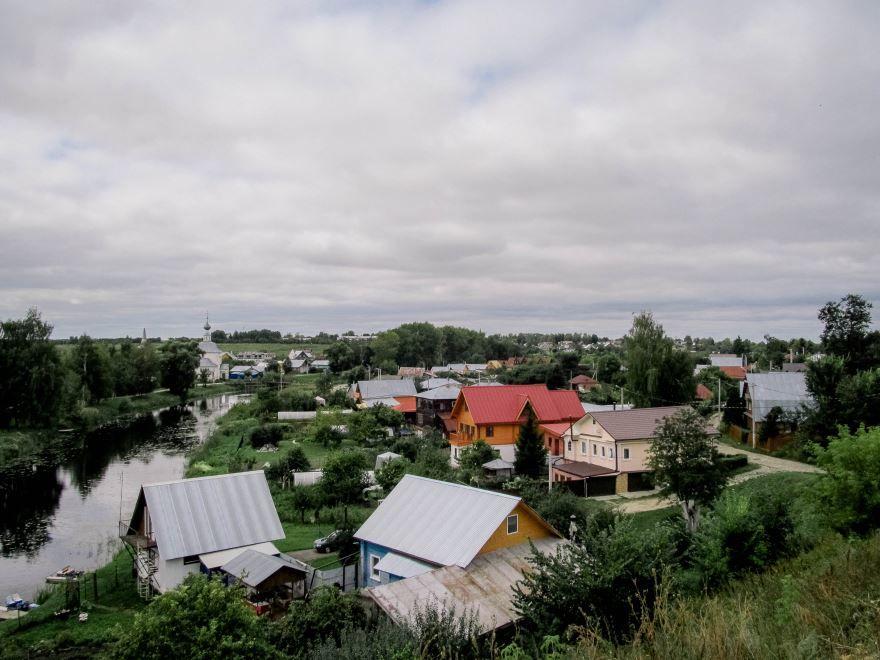 Город Суздаль 2019 и река Каменка
