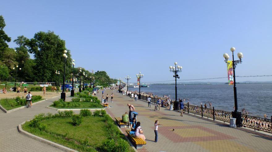 Смотреть красивое фото набережная города Хабаровск и река Амур