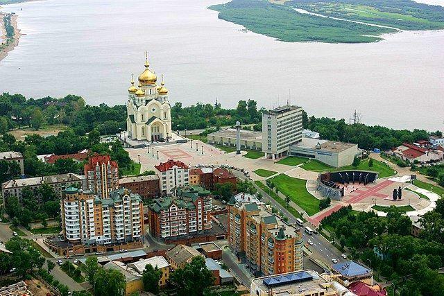 Скачать онлайн бесплатно лучшее фото вид сверху города Хабаровска в хорошем качестве