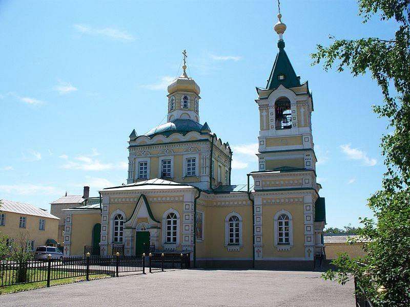 Смотреть красивое фото церковь в городе Уссурийске