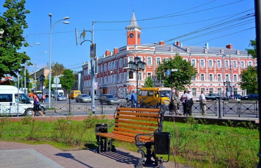 Скачать онлайн бесплатно лучшее фото города Ульяновска в хорошем качестве