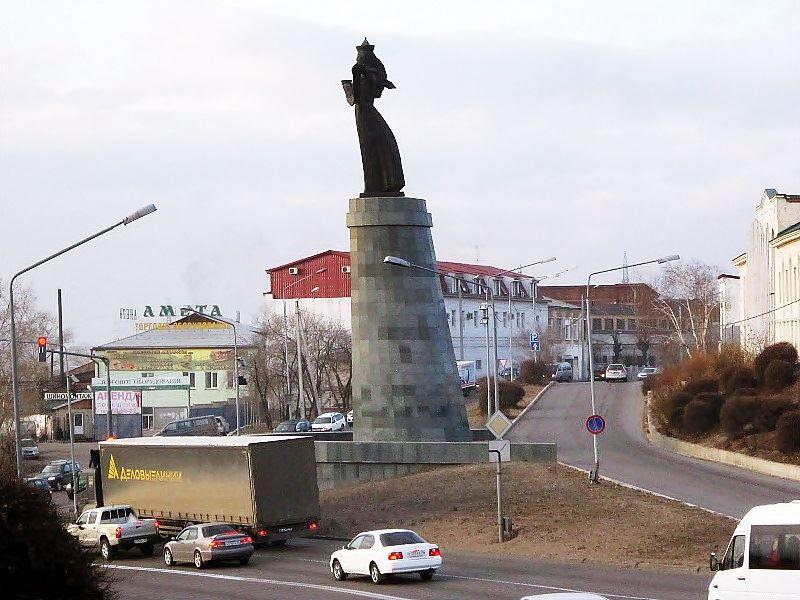 Скачать онлайн бесплатно лучшее фото достопримечательности города Улан-Удэ в хорошем качестве