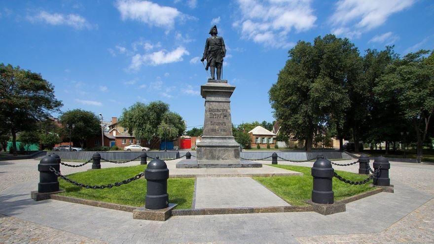 Памятник Петру 1 город Таганрог