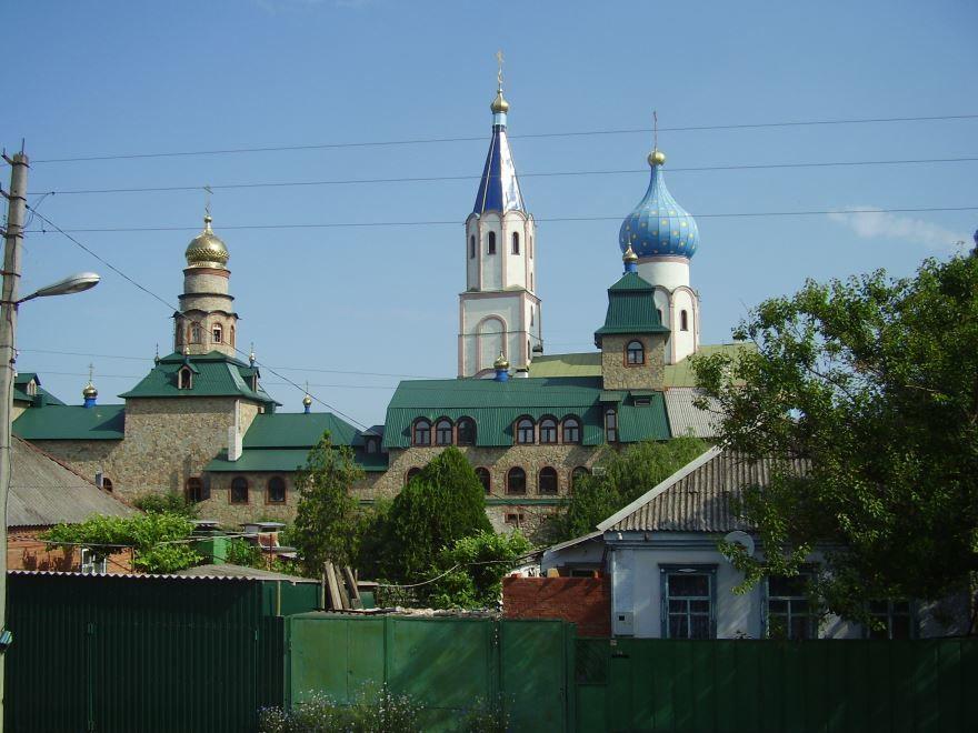 Смотреть красивое фото монастырь город Тимошевск