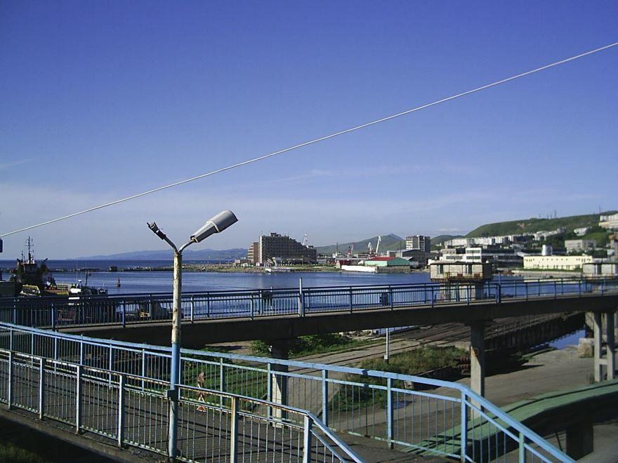 Смотреть красивое фото вид на гавань город Холмск