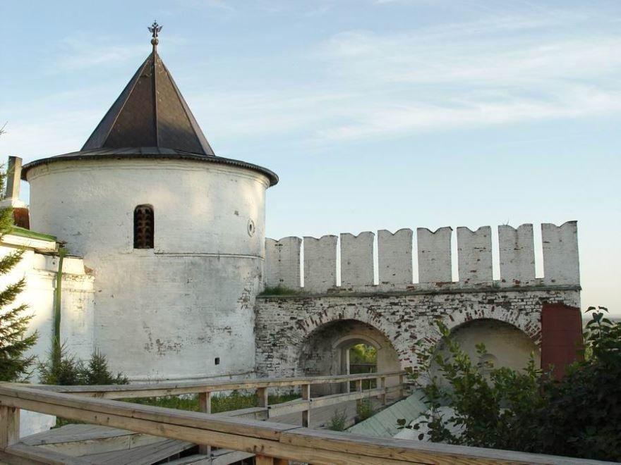 Крепостная Павлинская башня город Тобольск