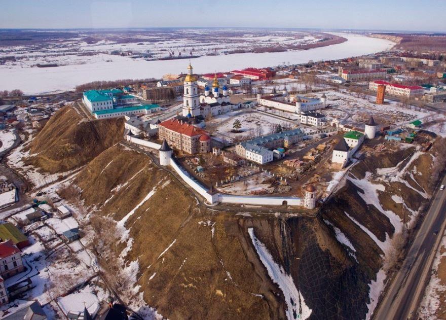 Смотреть красивое фото вид сверху город Тобольск