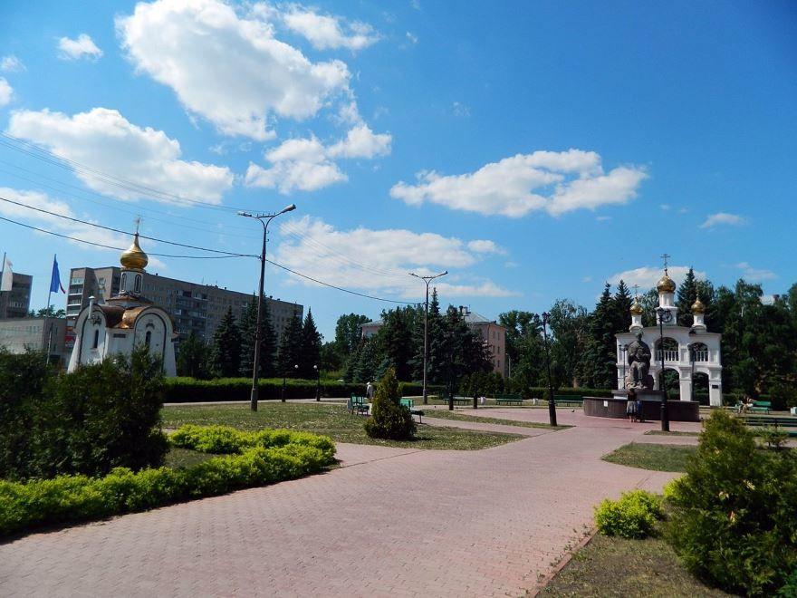 Смотреть красивое фото центральная площадь город Тольятти