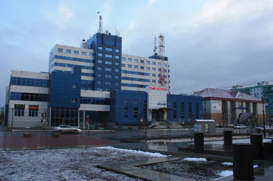 Скачать онлайн бесплатно лучшее фото города Ханты-Мансийска в хорошем качестве