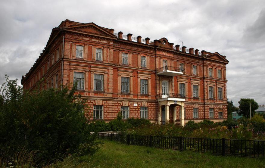 Петровская художественно-промышленная школа город Тотьма