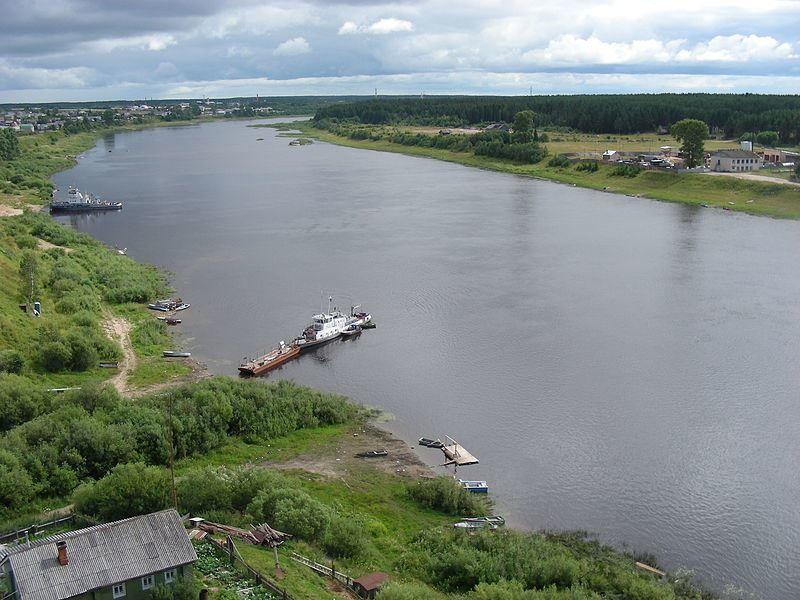 Скачать онлайн бесплатно лучшее фото вид на реку Сухону в хорошем качестве