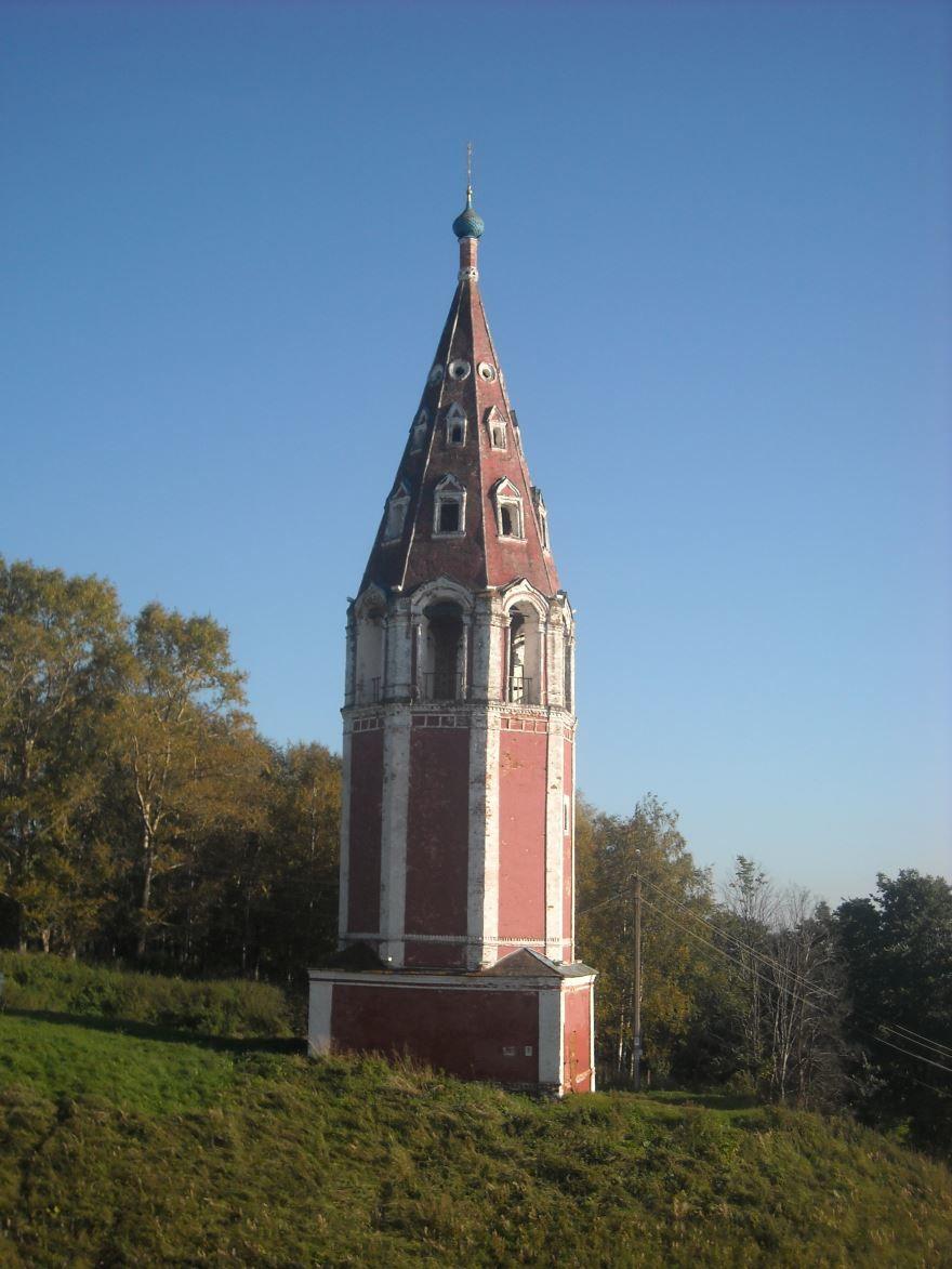 Колокольня Казанской церкви город Тутаев