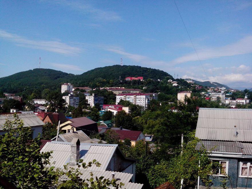 Скачать онлайн бесплатно лучшее фото вид на город Туапсе в хорошем качестве